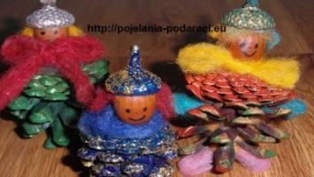 Коледна декорация от естествени материали