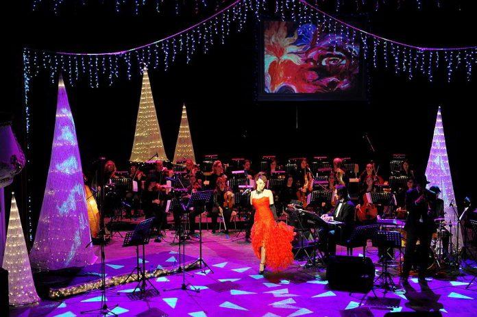 Официален дизайнер на коледния концерт е София Борисова -
